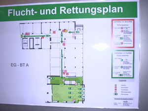 img Crisis prevention? OK! (Escape and rescue plan in: Central Bank (Bundesbank), Berlin)